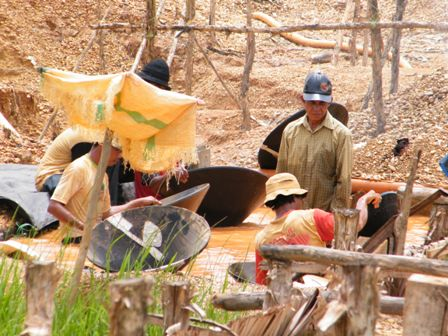 diamond digging
