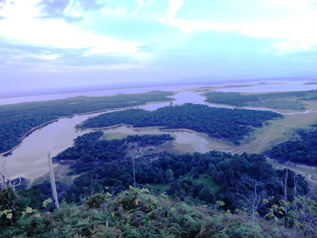 SENTARUM LAKE, PUTUSSIBAU